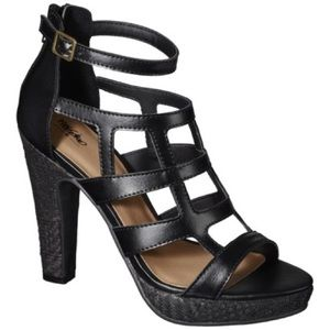 """💕Mossimo """"Perl"""" Cage Sandal💕"""